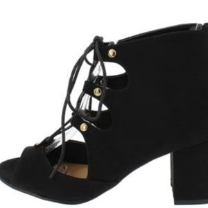 Shoes - Just Arrived Black Classy Open Toe Heels